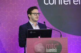 Ομιλία - Παρουσίαση: Γεώργιος Καραμανώλης, Co-Founder & CTO/CIO, Crowdpolicy - Τίτλος παρουσίασης: «Τι είναι το crowdhackathon #health»
